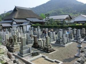 とても暑い墓参りでした。