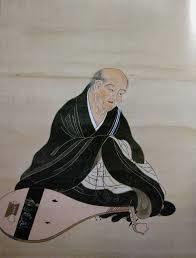鴨長明は出家をし、琵琶の名手でもありました。
