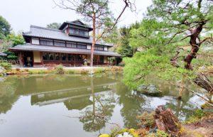 橋本関雪さまの法要が行われた白沙村荘・存古楼