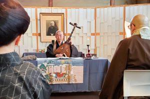琵琶説教では『平家物語』の「熊谷発心」から 縁の縁の教訓を学びました。